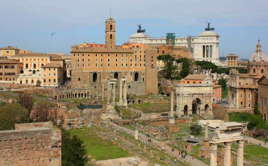 10-sights-in-rome-forum-ladytravelguide
