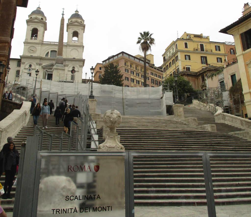 spanish-steps-rome-ladytravelguide