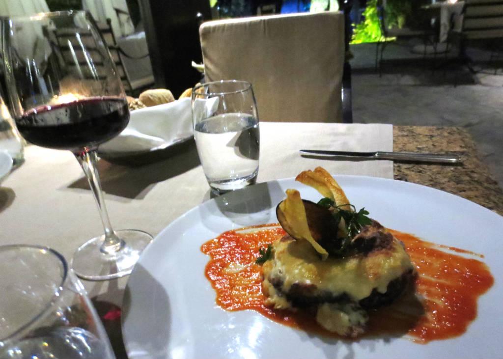 Hyatt-Regency-Thessaloniki-restaurant-Lady-Travel-lGuide