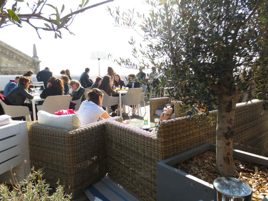 Rooftop-bar-Lafayette-Paris-LadyTravelGuide
