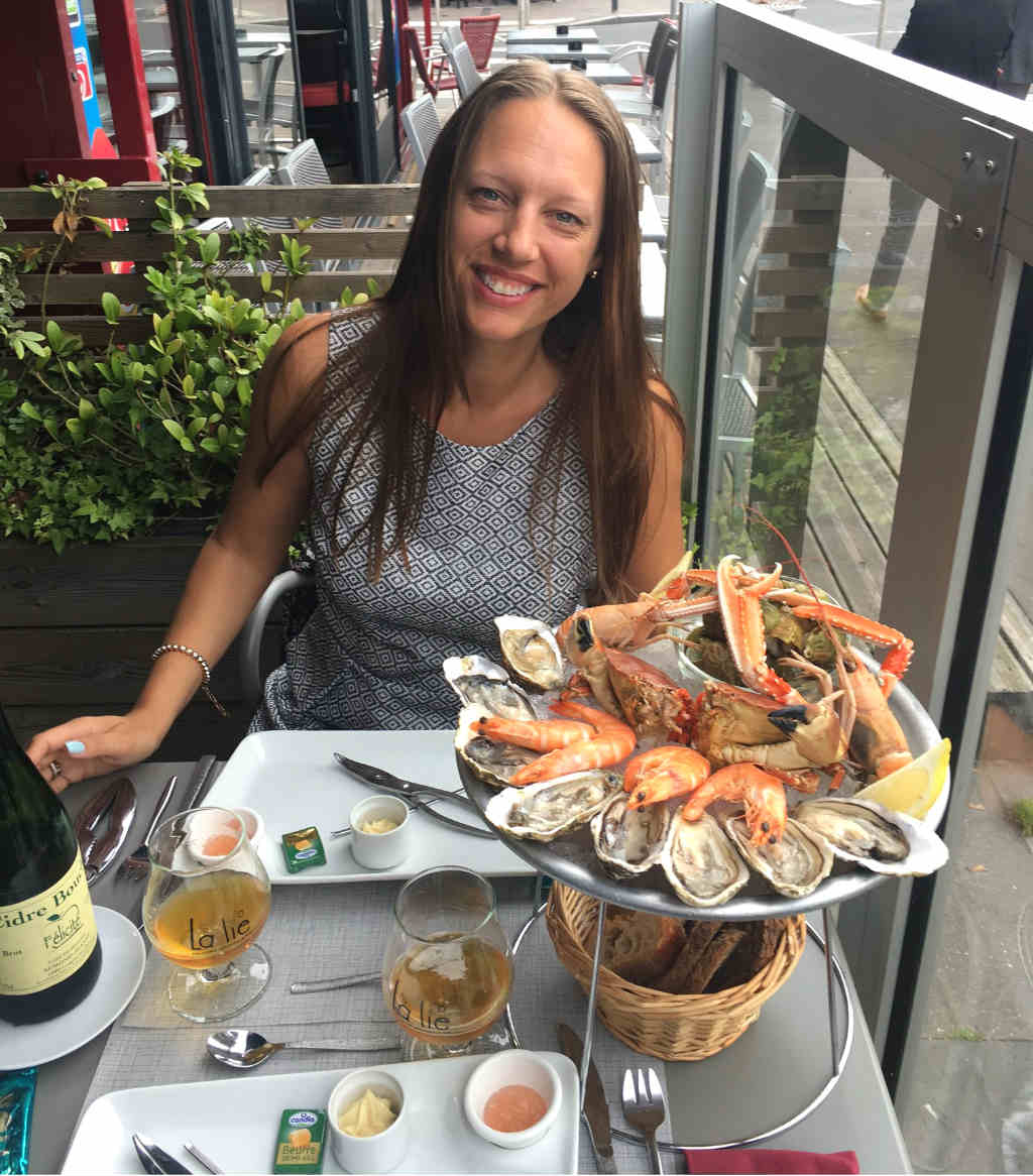 seafood-platter-in-Caen-Normanduy-Lady-Travel-Guide